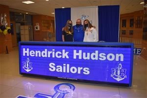 New Hen Hud Staff at Orientation