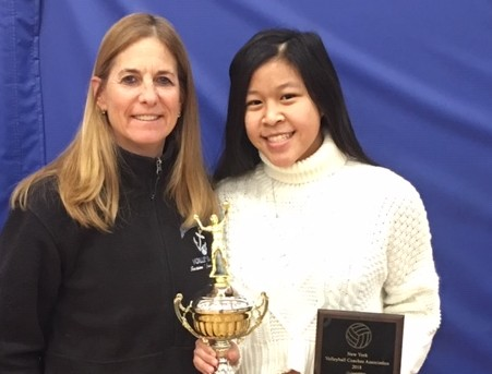 Diane Swertfager and Pamela Loh with awards