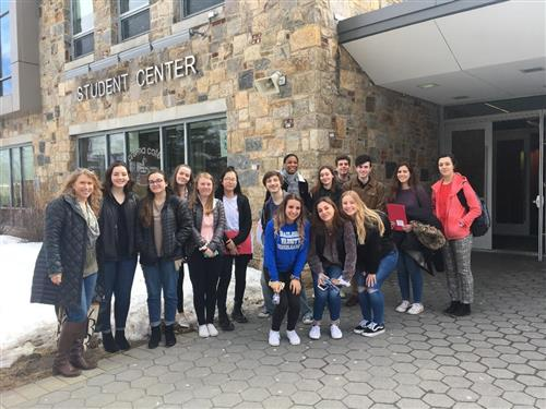 HHHS Students Attend Young Authors Conference